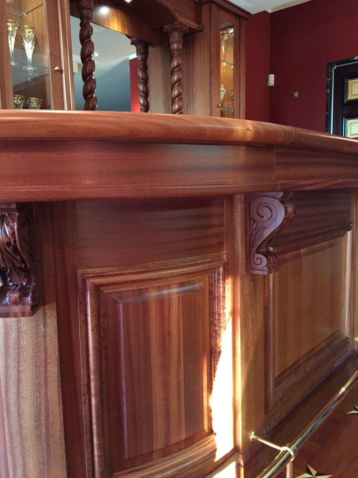 angoli bar in legno