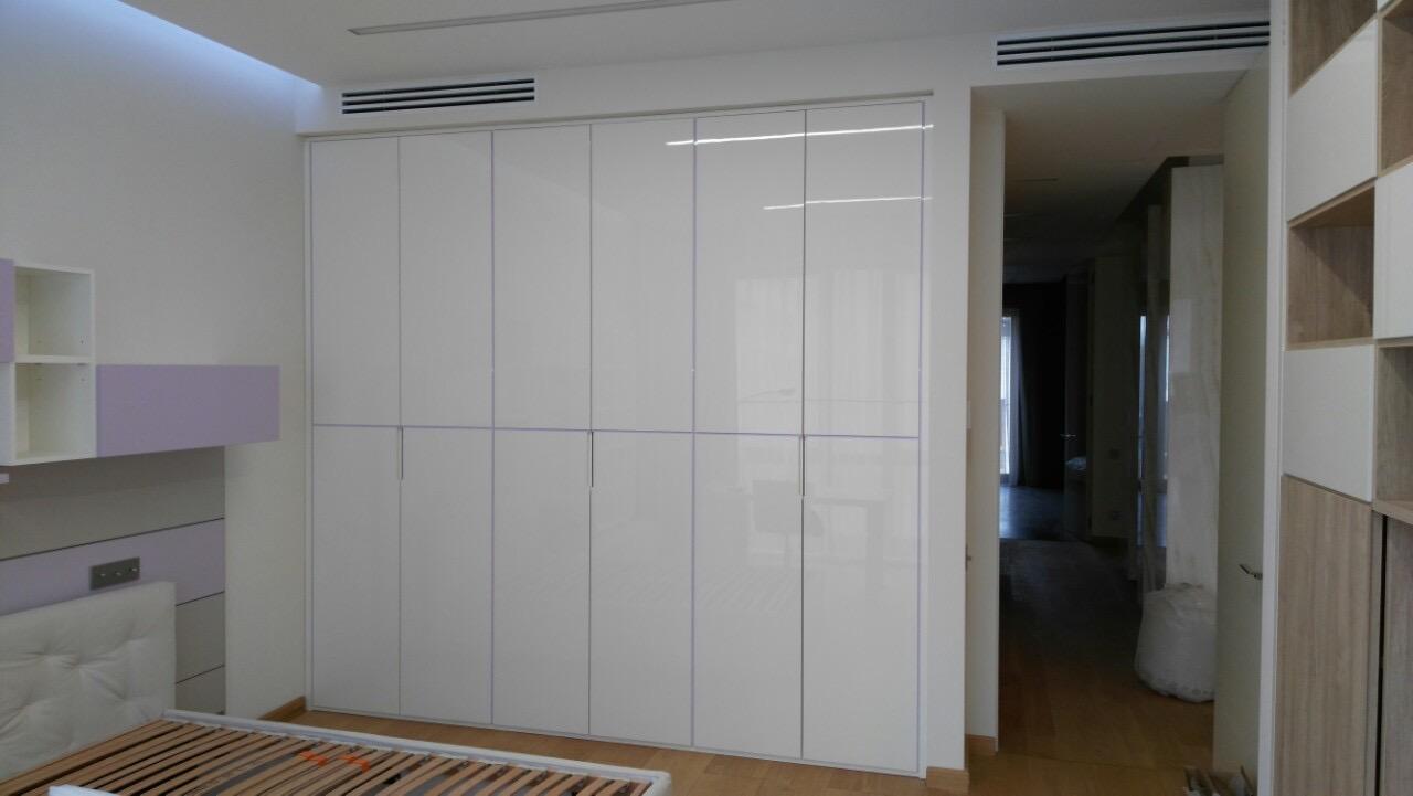 armadio moderno legno laccato bianco ESCAPE='HTML'