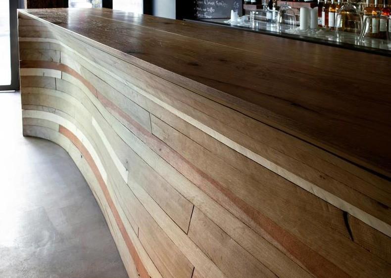 arredi per bar in legno