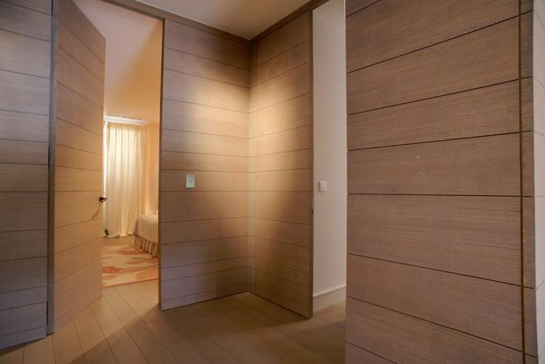 boiserie in legno per hotel milano