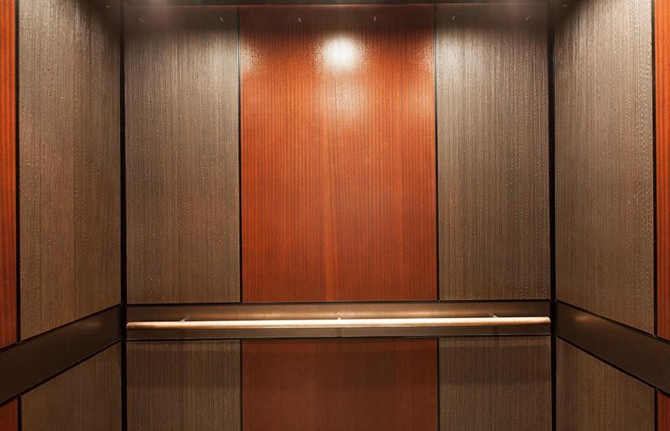 Boiserie moderne in legno ESCAPE='HTML'