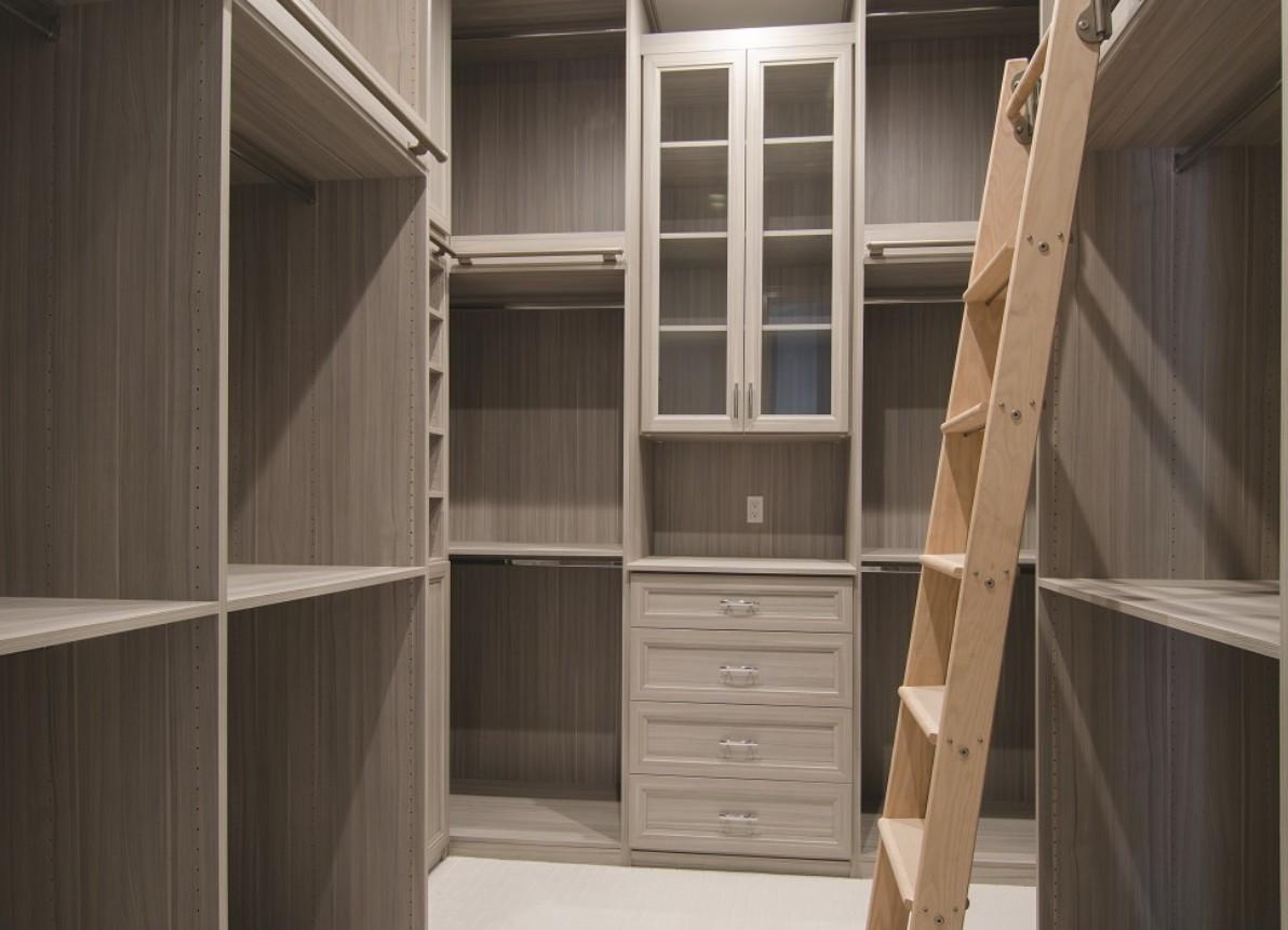 cabina armadio con scala lugano