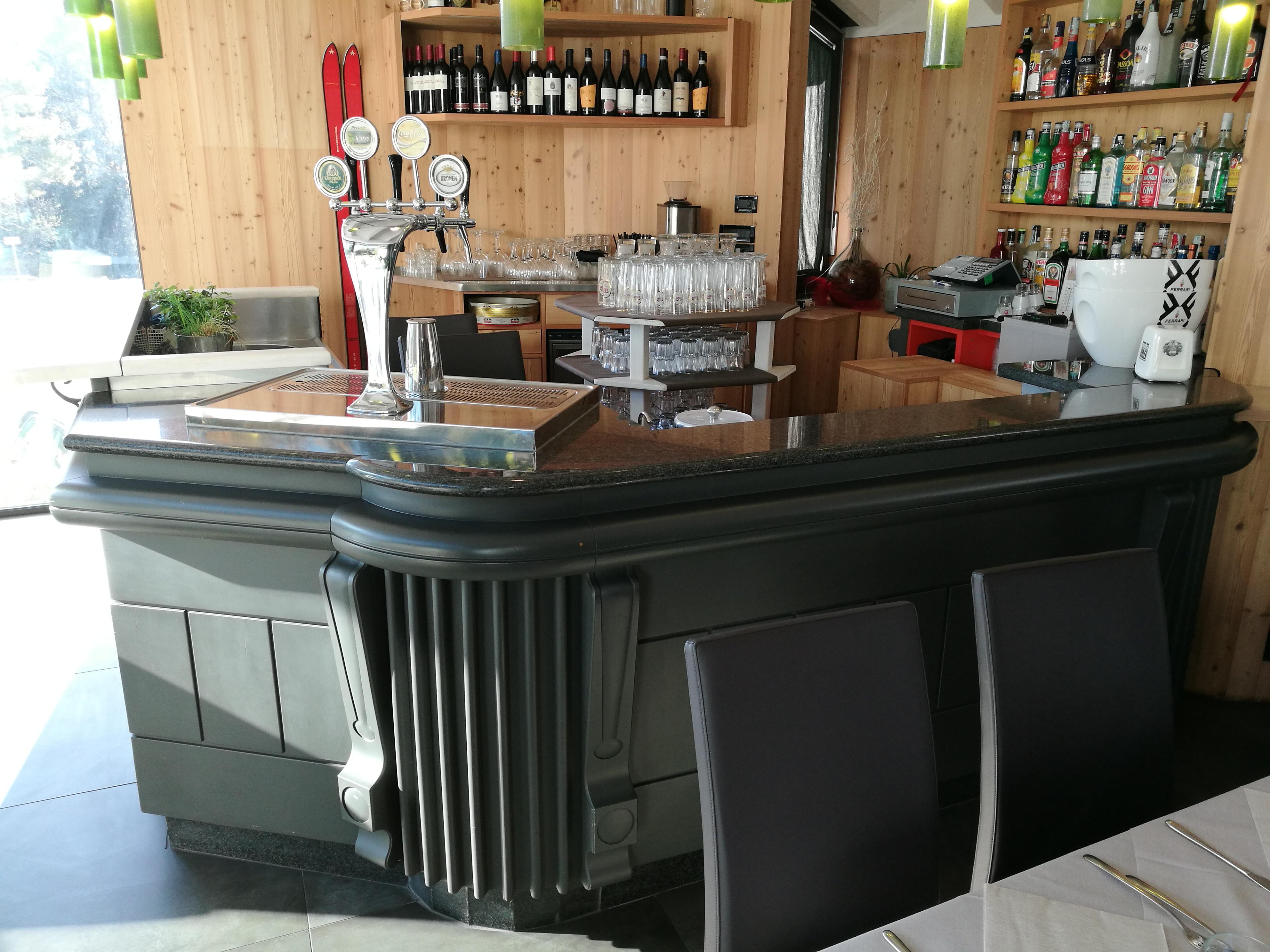 Casa Tua Arredamenti Rovato arredo bar brescia realizziamo bar vincenti su arredamenti
