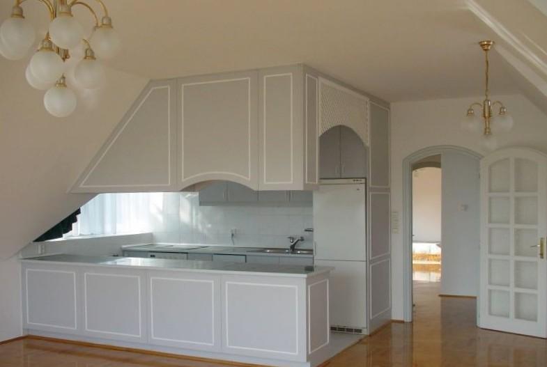 cucina su misura per mansarda roma