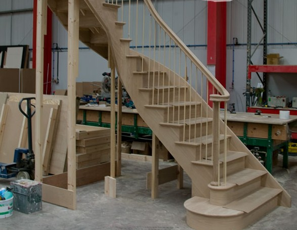 Fabbrica scale in legno Roma ESCAPE='HTML'