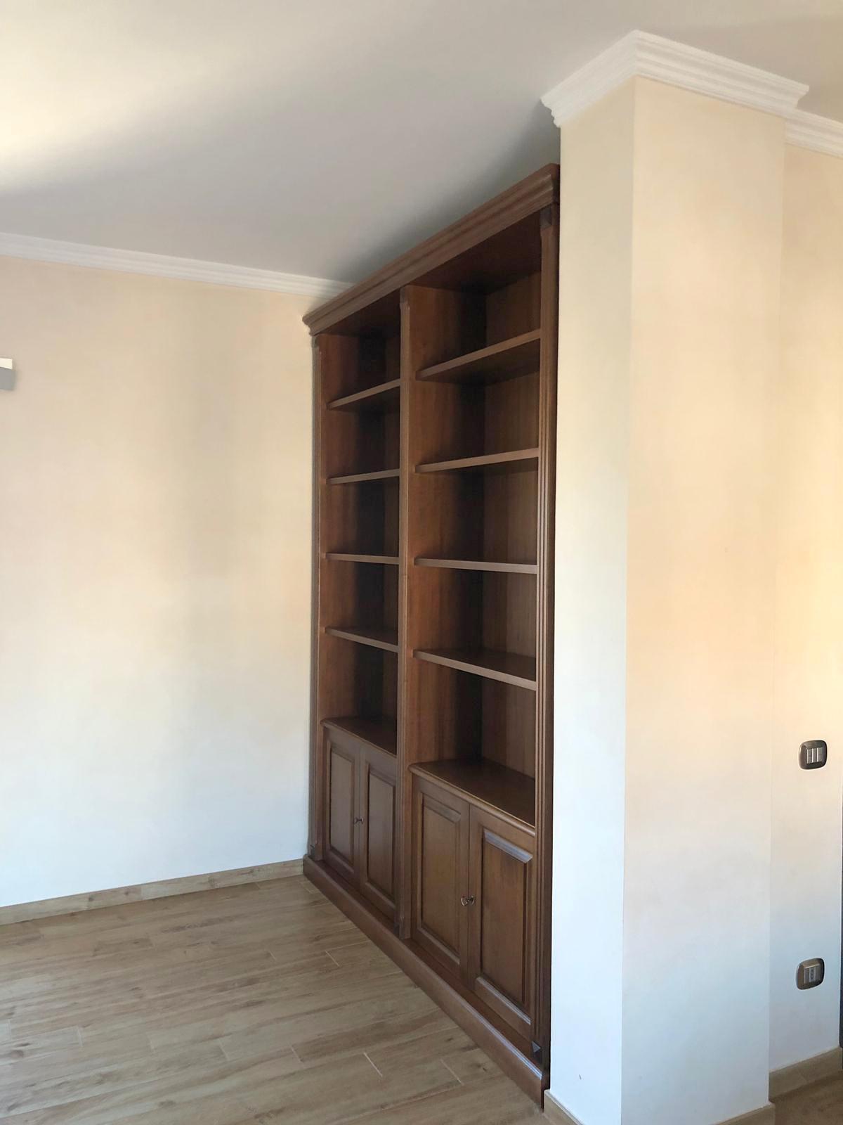 libreria a muro su misura roma