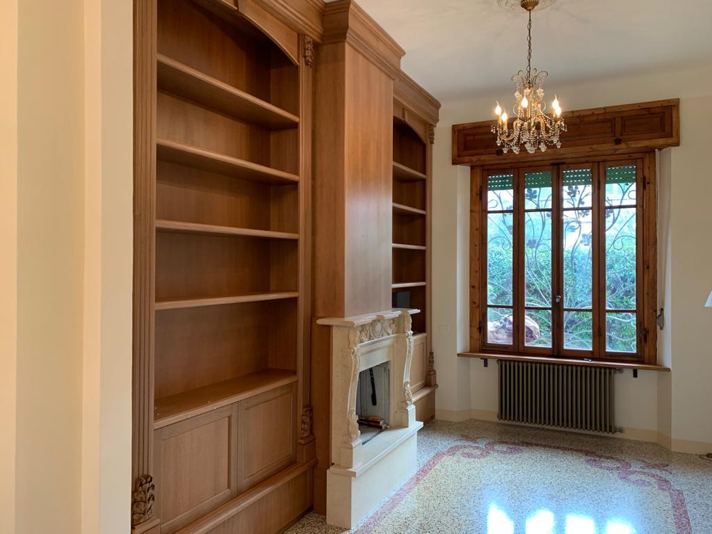 librerie classiche in legno