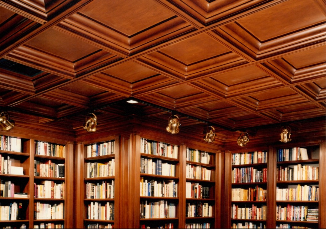 Librerie con soffitto a cassettoni