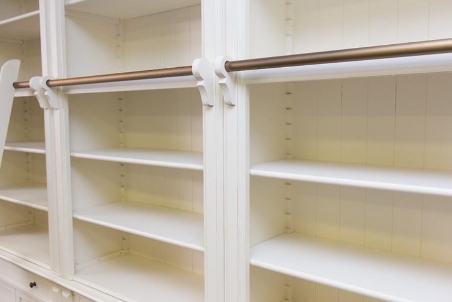librerie in legno laccato particolare della lavorazione ESCAPE='HTML'