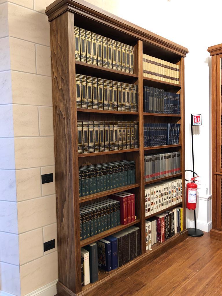mobili per biblioteca