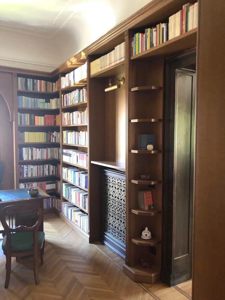 librerie a ponte su porta