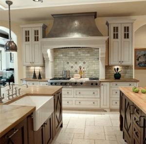 Cucine in legno su misura roma - Cucine classiche di lusso ...