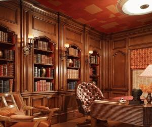 Boiserie libreria su misura rifiniture manuali for Immagini librerie d arredamento