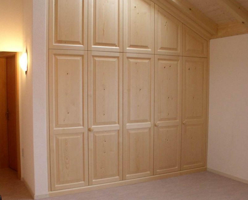 armadi in legno