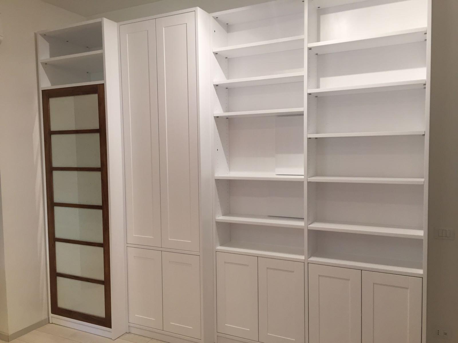libreria bianca su misura