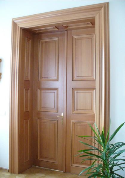 Porte artigianali in legno Lazio