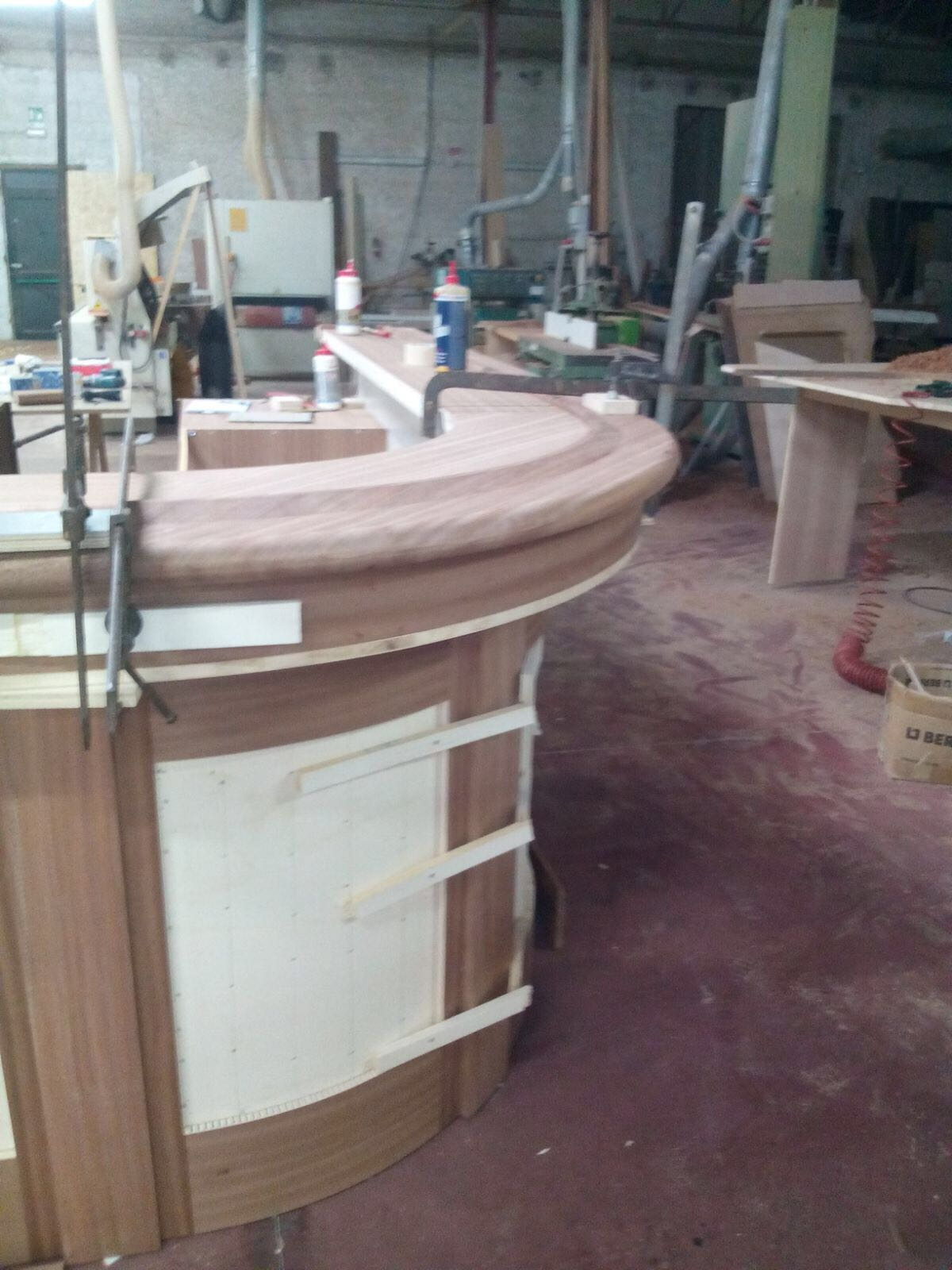produttore angoli bar casa
