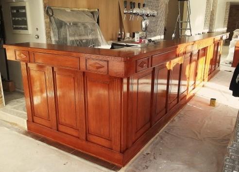 Produzione arredamenti  bar legno Roma ESCAPE='HTML'