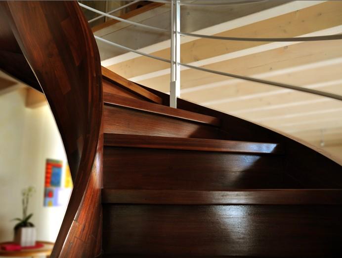 Produzione artigianale scale in legno Roma ESCAPE='HTML'