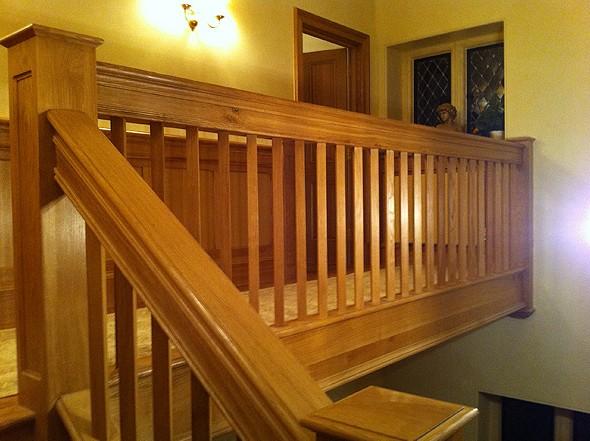 Ringhiere in legno per scale interne Roma