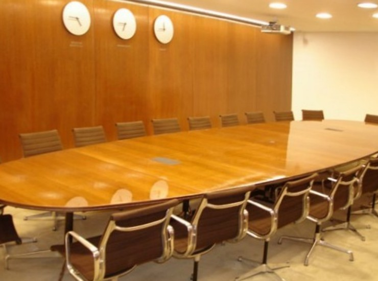 Sala riunioni boiserie ESCAPE='HTML'