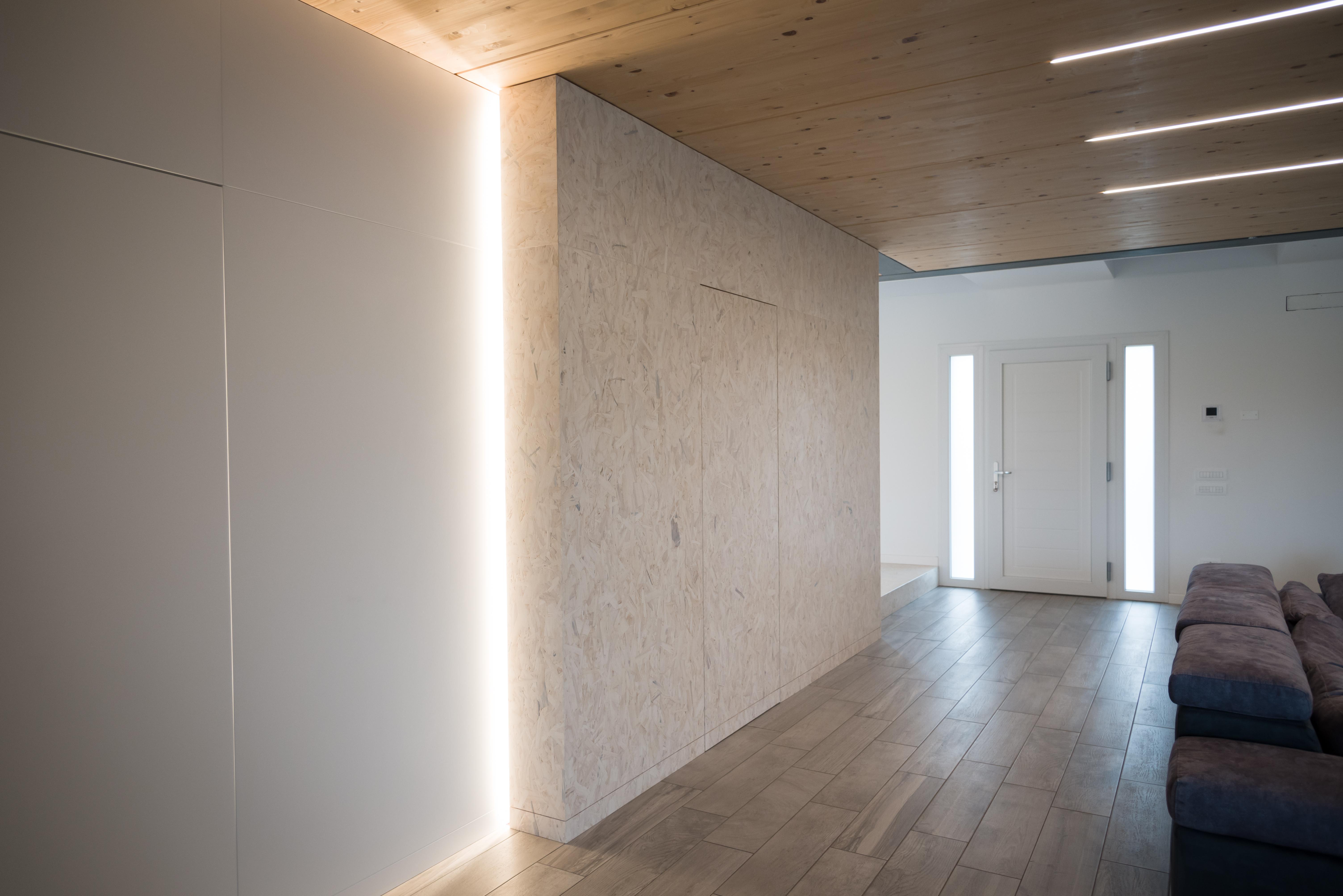 Soffitti in legno con luci inserite ESCAPE='HTML'
