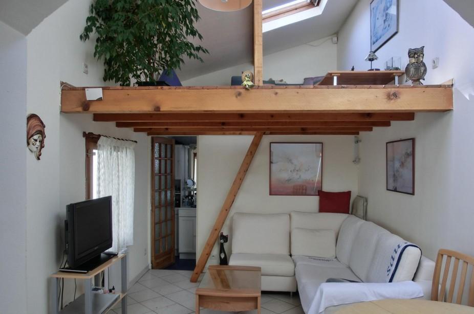 Foto di soppalchi in legno case con soppalco in legno con for Piccole planimetrie della casa con soppalco