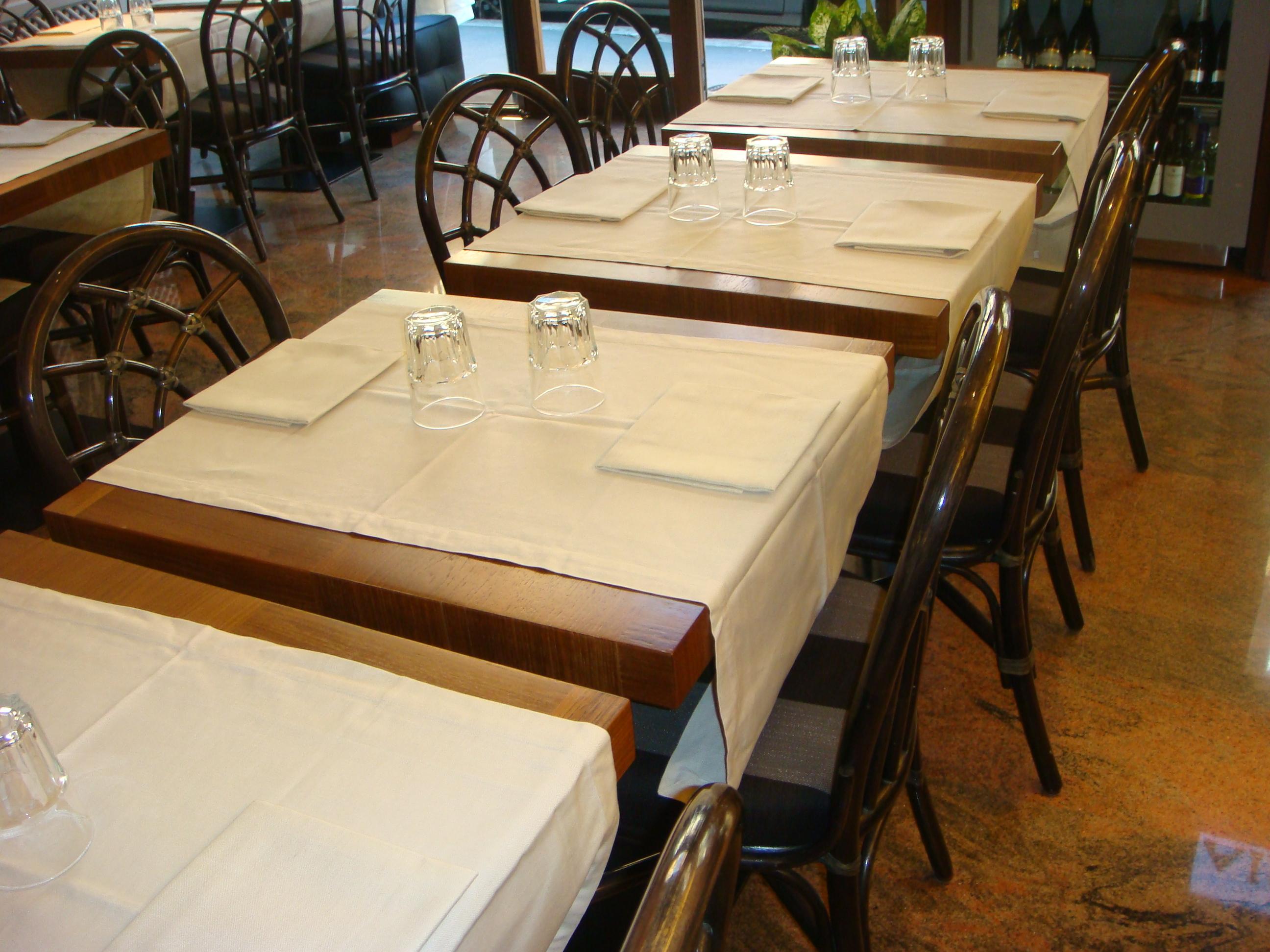 tavoli per ristoranti roma