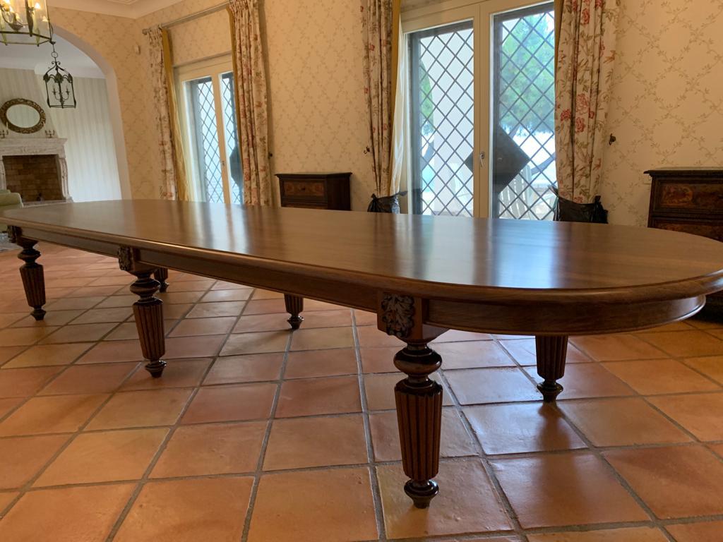 tavolo classico con gambe tornite ESCAPE='HTML'