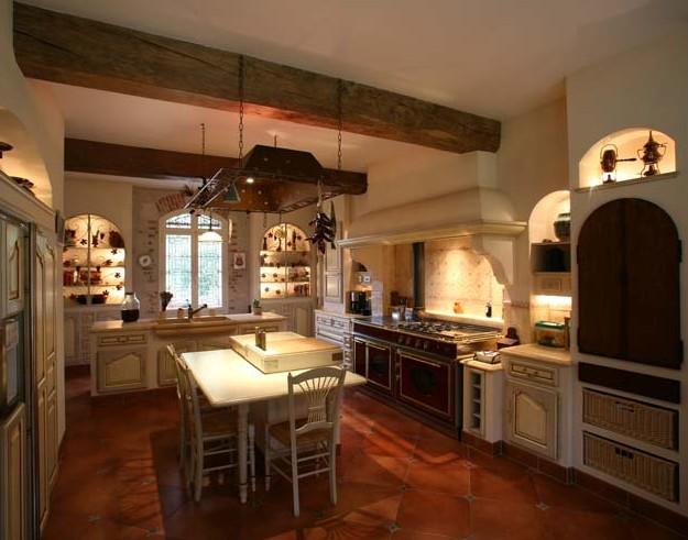 Cucine provenzali blog di falegnameriesumisura for Arredamento casa rustica